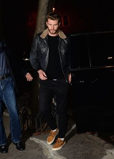 Liam Hemsworth casual cool in NYC
