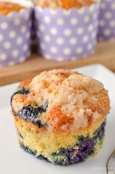 Slimming Eats - Weight Watchers and Slimming World Recipes Low Syn Blueberry Muffins Slimming World Muffins, Slimming World Puddings, Slimming World Cake, Slimming World Desserts, Slimming World Recipes Syn Free, Slimming World Biscuits, Low Syn Cakes, Sliming World, Cake Recipes