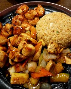 Hibachi Chicken via FoodPorn on April 22 2019 at Easy Japanese Recipes, Fun Easy Recipes, Asian Recipes, Dinner Recipes, Japanese Food, Japanese Hibachi, Dinner Ideas, Chinese Food, Hibachi Chicken And Vegetables Recipe