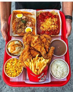 """Any Jollibee fan will tell you, if there's anything better than Chickenjoy fried chicken, it has to…"""" I Love Food, Good Food, Yummy Food, Chicken Thights Recipes, Extreme Food, Jollibee, Diet Meal Plans To Lose Weight, Eating Alone, Food Goals"""