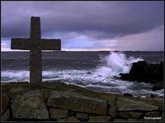 Fishermans memorial, Ferkingstad, Karmøy, Norway. 04.11.12. TONE LEPSØES PICTURES