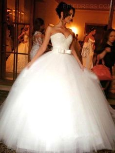ericdress.com offers high quality  Ericdress Beautiful Sweetheart Bowknot Ball Gown Wedding Dress Wedding Dresses 2016 unit price of $ 161.99.