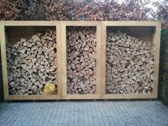 Wood In The Garden And On The Terrace: 53 Breathtaking Examples Garden Bike Storage, Shed Storage, Outdoor Firewood Rack, Firewood Storage, Tiny Mobile House, Wood Store, Wood Shed, Wood Plans, Dream Garden