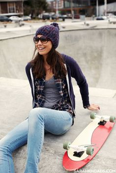 looks chill -lauren Skater Girl Outfits, Tomboy Outfits, Cute Outfits, Casual Outfits, Skater Girl Style, Girl Fashion, Womens Fashion, Fashion Ideas, College Outfits