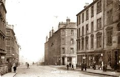 Easter Road near the junction with Albert Street c1900 sc