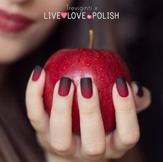 Gradient matte nail art with Treviginti | Live Love Polish...Instruction on how to do this