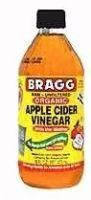 Organic Apple Cider Vinegar & with water as a face toner. add lavender, rosemary, tea tree e.o for hair conditioner, drink as cleansing toner Apple Cider Vinegar Cellulite, Apple Cider Vinegar Facial, Apple Cider Vinegar For Skin, Ginger And Honey, Raw Honey, Eczema Remedies, Rides Front, Toner For Face, Alkaline Diet