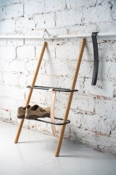Rectangle shoe rack in oak by Laura Väre for Nordic Hysteria