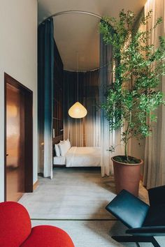 Claesson Koivisto Rune has unveiled Tokyo, a boutique hotel featuring Caveman restaurant, Brooklyn Brewery and lot of plants. Brooklyn Brewery, Hotel Corridor, Interior Architecture, Interior Design, Victorian Architecture, Casamance, Banks Building, Tokyo Hotels, Long Sofa