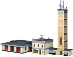 Ho Scale Buildings, Fire Apparatus, Model Train Layouts, Building Structure, Model Trains, Willis Tower, Scale Models, Architecture, Design