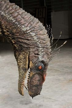 Animatronic male Velociraptor from Jurassic Park III, auction lot 763