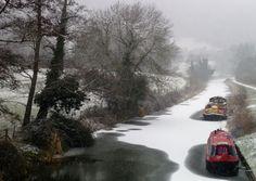 Frozen canal near Bath - very pretty