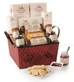 Savory & Sweet Holiday Gift Basket. The Holidays and Hickory Farms Go Hand In Hand @HickoryFarms #AD - See more at: http://momstart.com/2014/11/the-holidays-and-hickory-farms-go-hand-in-hand-hickoryfarms-ad/#sthash.TumOeb6z.dpuf