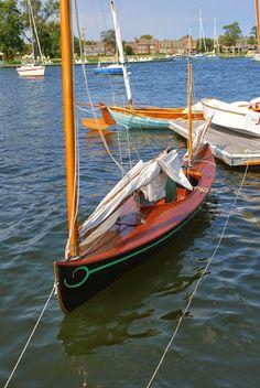 Sailing Canoe.