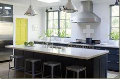 Cucina in grigio: colori accesi e freschi per decorare - Ideare casa