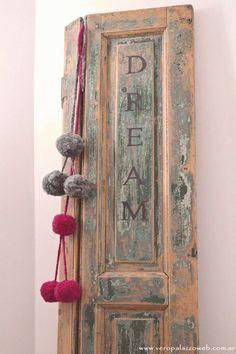 Moroccan Home Decor, Rustic Doors, Old Doors, Diy Door, Shabby Chic Decor, Rustic Furniture, Cottage Style, Dream Big, Decor Styles