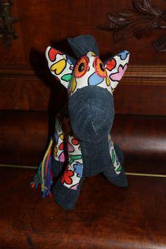 Handmade by Alpenkatzen Bunt, Dinosaur Stuffed Animal, Toys, Handmade, Animals, Stuffed Toys, Cuddling, Activity Toys, Animaux