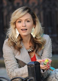Talking With Lindsey Gort, The Carrie Diaries' Young Samantha Jones