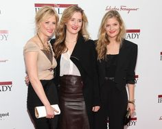 """NEW YORK, NY - DECEMBER 13: Mamie Gummer, Grace Gummer, and Louisa Gummer, daughters of Meryl Streep attend the """"The Iron Lady"""" New York premiere at the Ziegfeld Theater on December 13, 2011 in New York City. (Photo by Taylor Hill/FilmMagic)"""