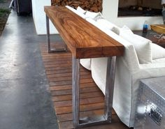 Natural cuts can be combined with a range of metal bases, possible in iron, chrome, bronze and golden finishes. Outdoor Furniture, Dining Bench, Wood, Live Edge Wood, Outdoor Decor, Wooden Countertops, Countertops, Wood Countertops, Home Decor