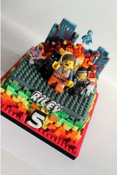 Zoe's fancy cakes added a new photo. Lego Movie Party, Lego Movie Cake, Lego Movie Birthday, Movie Cakes, 2 Birthday Cake, Lego Cake, 23rd Birthday, Birthday Ideas, Lego Film