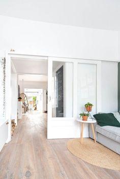 https://i.pinimg.com/236x/9e/08/d9/9e08d98c83032dd6786499872131f740--modern-farmhouse-flooring.jpg