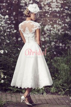Vintage Inspired Tea Length Strapless Sweetheart Wedding Dress perfect for your Vintage Wedding Vintage Inspired Wedding Dresses, Western Wedding Dresses, Bridal Dresses, Vintage Dresses, Bridesmaid Dresses, Vestidos Vintage, Wedding Vintage, Event Dresses, Lace Jacket Wedding