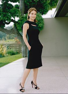Diane Lane one of the most gorgeous women I have had the pleasure to see growing up. We're only a couple years apart. She's gorgeous now but so so hot when she was in her twenties and thirties Classy Outfits, Pretty Outfits, Diane Lane Actress, Most Beautiful Women, Beautiful People, Diane Kruger, Le Jolie, Female Actresses, Elegant Woman
