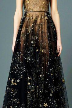Prefall 2015 | Valentino #fashion #high #gowns