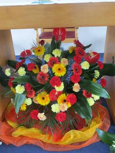 Pentecost flowers Altar Decorations, Spiritus, Pentecost, Holy Ghost, Ministry, Holi, Jesus Christ, Worship, Christianity