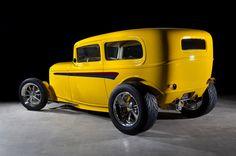 '32 Ford Tudor – Kindig It