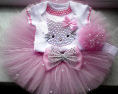 Hello Kitty cumpleaños Tutu conjunto niñas por BabyDressBoutique                                                                                                                                                                                 Más