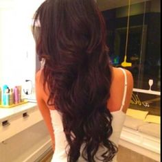 love how her hair looks