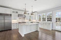 For the kitchen, designer keith cammarata of coastal cabinet works specifie Small Space Interior Design, Diy Kit, Toscana, New Kitchen, Kitchen Ideas, Cool Kitchens, White Kitchens, The Hamptons, Kitchen Remodel