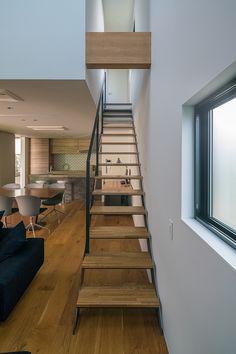 回廊の家 | 注文住宅なら建築設計事務所 フリーダムアーキテクツデザイン Stairways, Steel Frame, Ideal Home, My House, House Plans, House Design, Bedroom, Architecture, General Goods