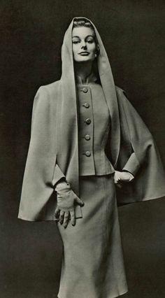 Carven 1956: cape, jacket, skirt.