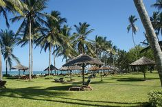 mombasa beach kenya