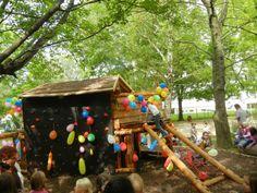 Montessori, Html, Bird, Outdoor Decor, Home Decor, Chemnitz, Tree Houses, Elementary Schools, Children