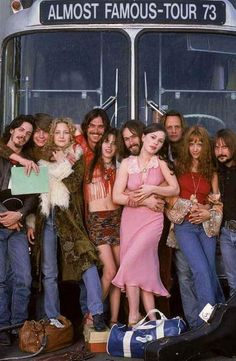 Almost Famous by Cameron Crowe with Kate Hudson, Billy Crudup, Patrick Fugit, Frances McDormand, Zooey Deschannel. Great Films, Good Movies, Teen Movies, Famous Movies, Charlie Chaplin, Festival Mode Et Design, Love Movie, Movie Tv, Movie List