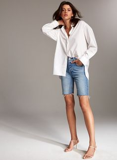 Denim Forum The Yoko Bermuda Short Loose Fit Jeans, Wide Jeans, Short Outfits, Summer Outfits, Casual Outfits, Look Street Style, Street Styles, Bermuda Shorts Outfit, Look Con Short