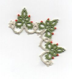 Christmas Tree Edging with Corner TATTING PATTERN by LaCossette