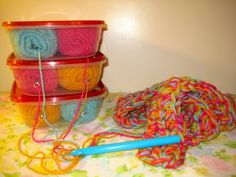 Yarn Holder DIY   Chatter Box Jenn Such a great idea to keep your colors separate