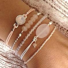 Learn more about Pandora Jewelry and the secret behind their amazing products and fashion accesoriesPattern & Thought Bracelets Description Bracelet set Diy Schmuck, Schmuck Design, Armband Tutorial, Beaded Jewelry, Beaded Bracelets, Silver Jewelry, Bohemian Jewelry, Gold Necklaces, Luxury Jewelry