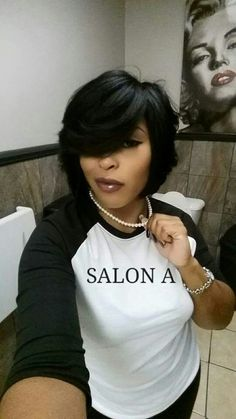 Feathered Bob :: Ask for Anika Watts at Salon A, in african american feathered bob hairstyles - Bob Hairstyles Love Hair, Great Hair, Gorgeous Hair, Medium Hair Styles, Natural Hair Styles, Short Hair Styles, Bob Styles, My Hairstyle, Girl Hairstyles