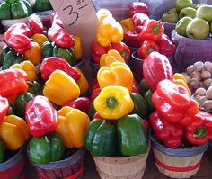 High in vitamins a, c and carotenoids, bell peppers are a healthy snack that will fight free radicals in your body. Snack on!