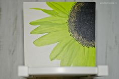 Zonnebloem Sol; geschilderd op geboortestoeltje. prettyraw.nl
