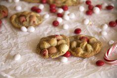 Peppermint White Chocolate Macadamia Cookies