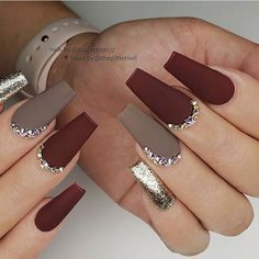 ✔ most sexy and trendy prom and wedding acrylic nails and matte nails for this season 24 🌰🍁🍂 Matte Maroon Red and Taupe with Gold Glitter and Crystals on long Coffin Nails 👌 Wedding Acrylic Nails, Fall Acrylic Nails, Fall Nail Art, Coffin Nails Matte, Gel Nails, Matte Maroon Nails, Burgundy Nails, Nail Nail, Matte Nail Art