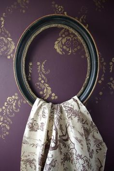 purple toile