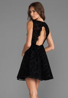 ALICE + OLIVIA - Natalia A-Line Open Back Dress in Black